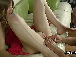 Devirginizing be beneficial to cute kitten soft vagina coupled with rubbing